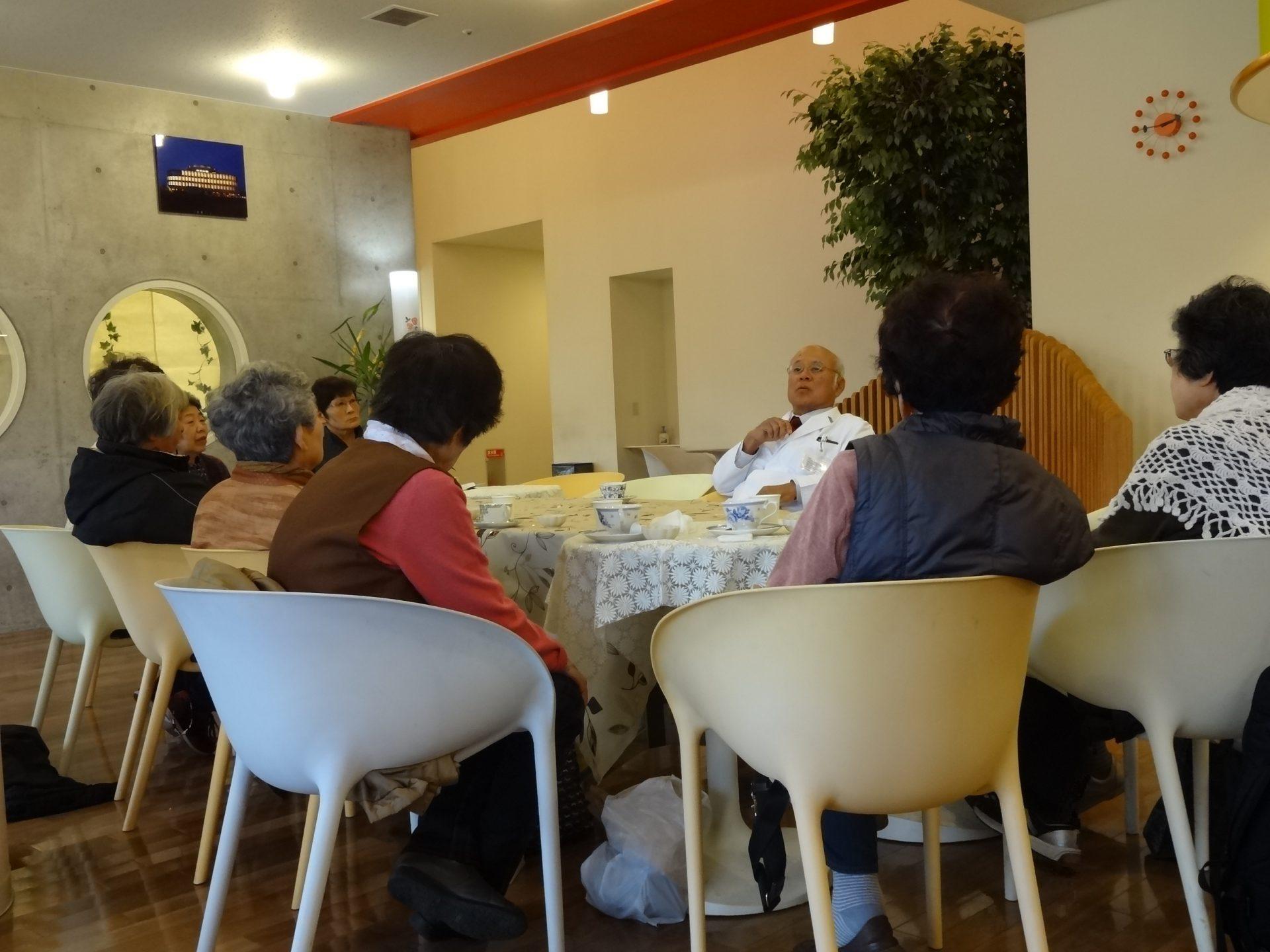 認知症カフェ「ひととき」 11月『堀口教室』開催